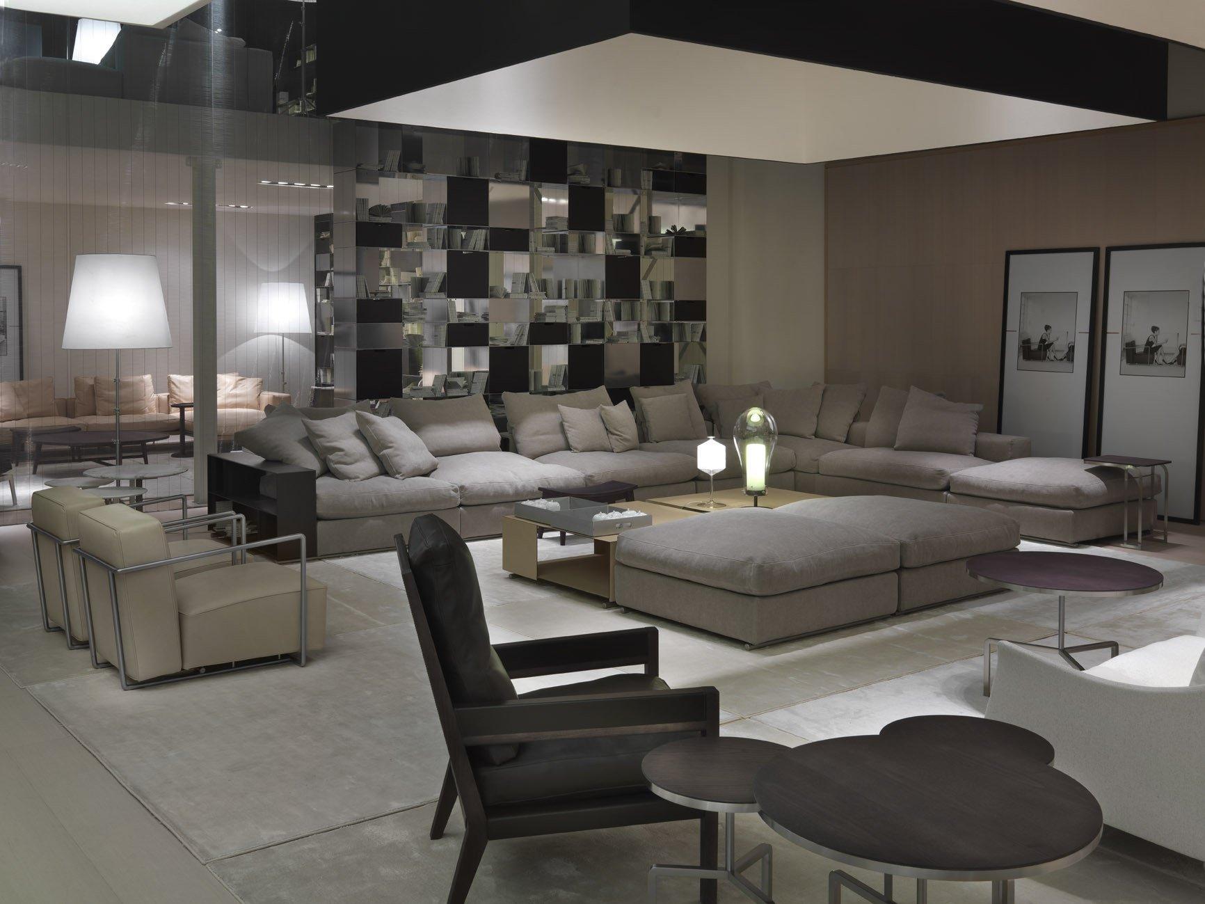 Flexform furniture store mornata arredamenti for Divani flexform outlet